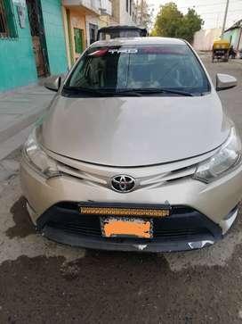 Vendo Toyota Yaris 2014