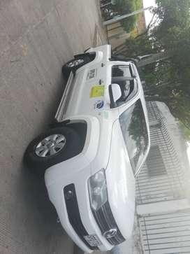 Camioneta vw amarok 4x4 con trabajo