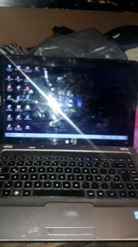 Vendo netbook HP