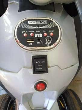Se remata una moto de niño a bateria