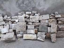 Revestimiento de piedra. Liquido. por falta de espacio