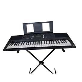 Organeta Yamaha E 343 con base incluida
