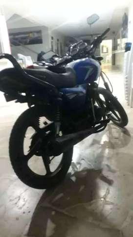 Vendo moto marca tundra cc 150 poco  uso esta caida desde junio del 2019