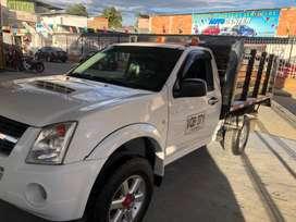Se vende camioneta Chevrolet de estacas