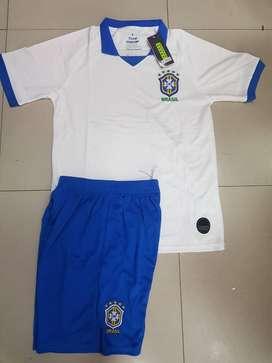 Uniforme de futbol Brasil