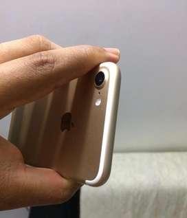  Vendo iPhone 7 Dorado de 32 GB 