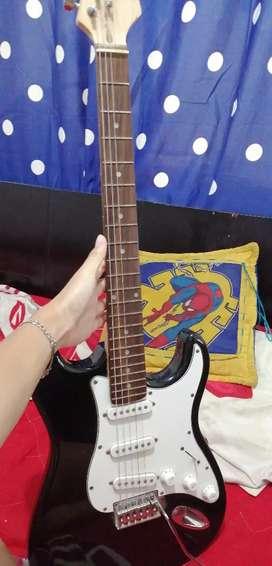Guitarra Eléctrica Mc-Art + Amplificador Boston GA-10
