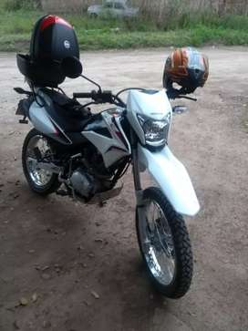 VENDO HONDA 150 XR 2018