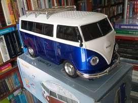 Vagoneta combi de Volkswagen Bluetooth FM MP3 Micro SD digital recargable modelo a escala con buen sonido