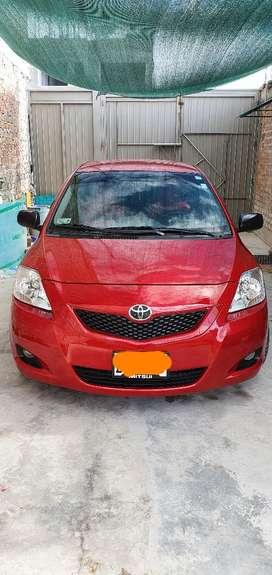 Toyota yaris año 2013