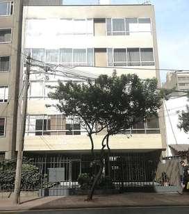 Venta de Edificio en Av La Paz, Miraflores - 022635