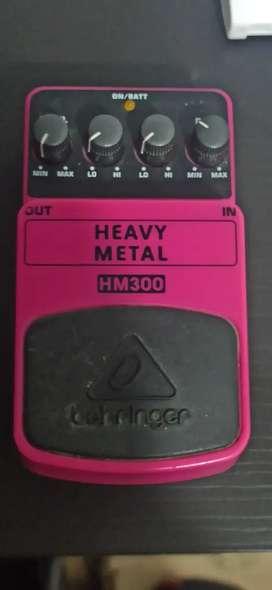 Vendo pedal behringer Heavy Metal