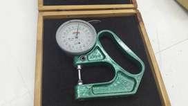 Espesimetro milesimal analogico
