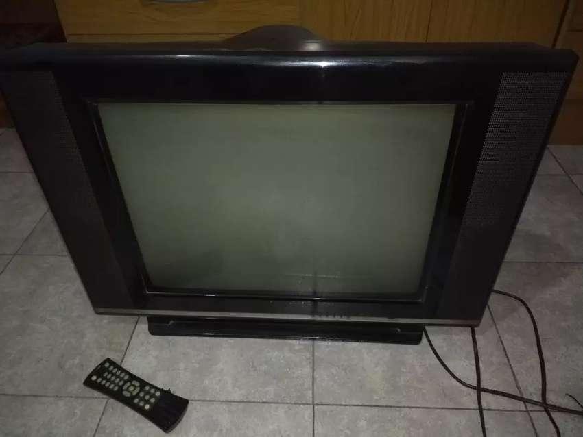 "Televisor Telefunken 21"" 0"