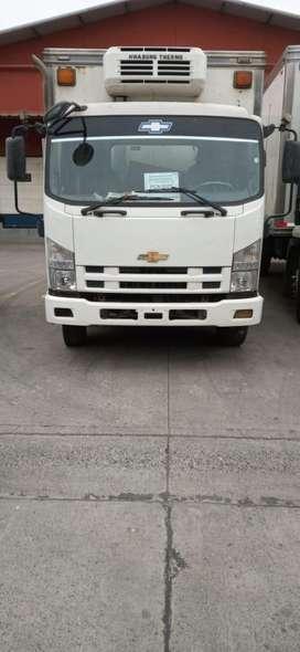 Vendo camion frr de 7.5 ton con furgon termico de 8cm aislado perfecto estado