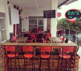 Restaurante Bar, con licensia y permisos al dia