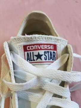 All Star blancos talla 4 1/2