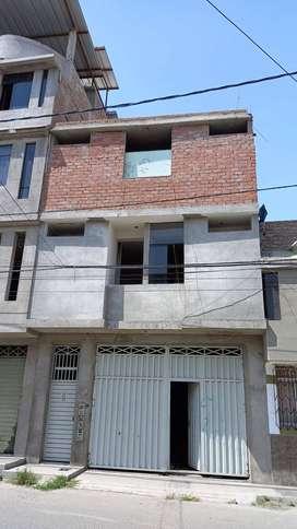 EDIFICIO DE TRES PISOS PARA LOCAL COMERCIAL HOTEL U OTROS