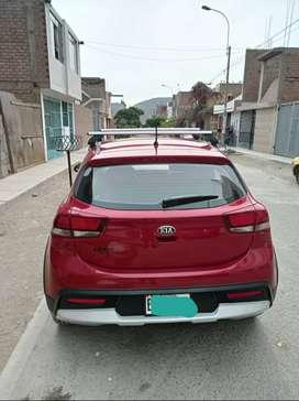 Vendo auto kia RIO CROSS