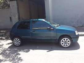Clio mod 2000 con gnc