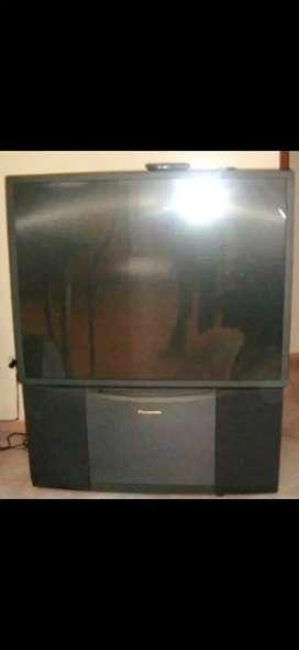 Televisor-proyector Panasonic