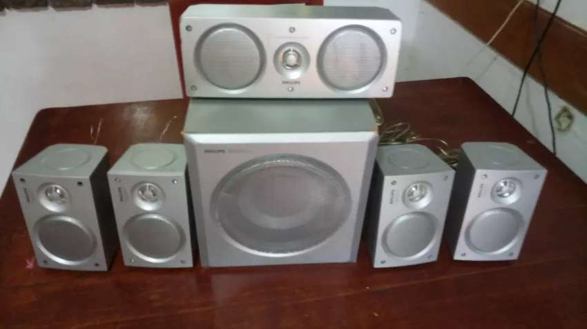 Parlantes para home theater philips 0