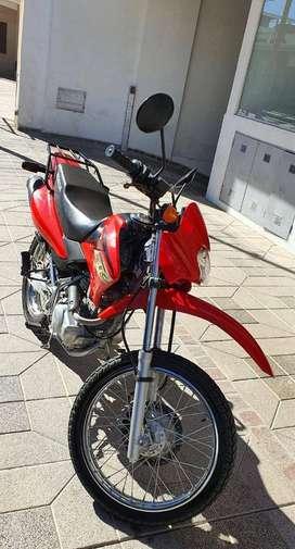 Honda XR 125 L Año 2013 - 9200 km Todo original - única dueña - $225 mil- no permuta- solo venta