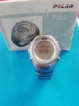 Super Canga vendo reloj Polar modelo AXN 700 para deportistas