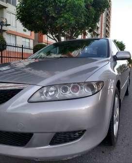 Mazda 6 Mecánico en perfecto estado original