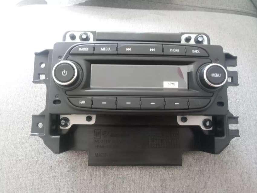 Vendo Radio con el frontal (Nuevo)  Chevrolet Beat 0