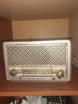 Radio antiguo   muy bueno