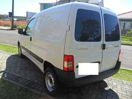 Peugeot PARTNER furgon - 1.4 NAFTA CONFORT - A/A
