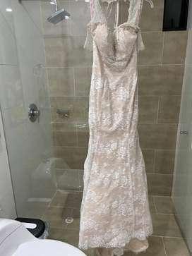 Ve do vestidos noche y de novia
