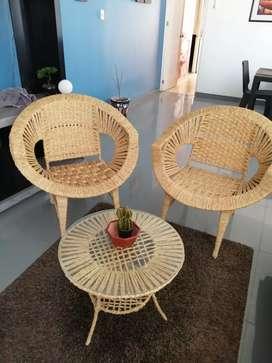 Venta de muebles de junco y alfombra