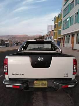 Se vende camioneta Nissan Navara 4x4 turbo intercooler, año 2011