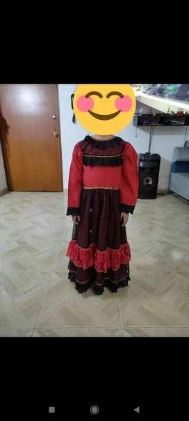 Hermoso disfraz de dama antigua niña de 6 a 7 alos
