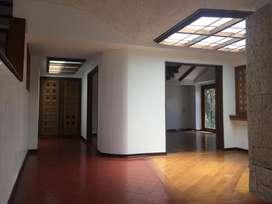 Casa para Arriendo de dos niveles en Santa Ana 4947122