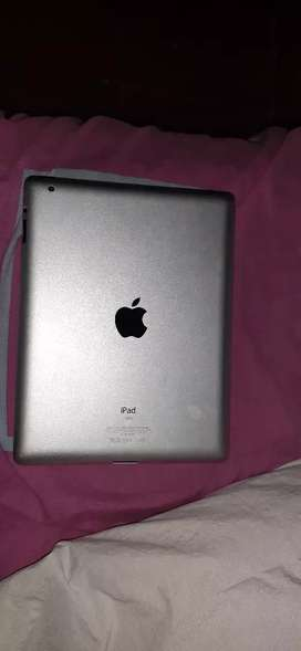 Vendo iPad mc 769