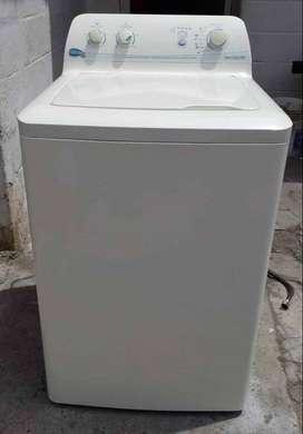 lavadora centrales de 25 libras como nueva