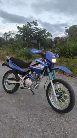 Honda bross moto barata