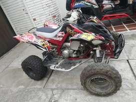 Cuatrimoto Yamaha Raptor 700R COMO NUEVA