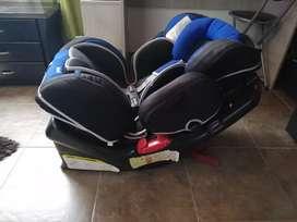 Hermosa silla de bebé para carro marca infanti V8A