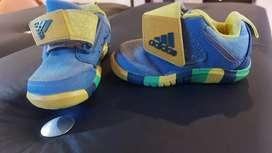 Zapatillas Adidas originales num 19
