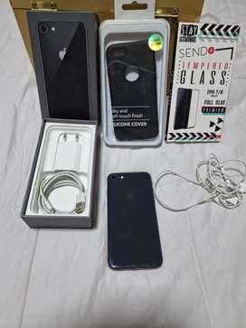 Vendo iphone 8 EXCELENTE ESTADO