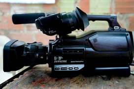 Camara De Video Sony Hxr-mc200 - Como Nueva Incluye Su Maleta