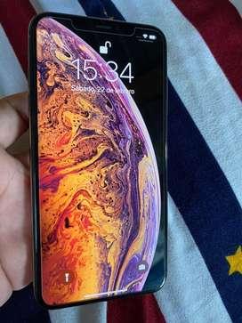 Iphone xsmax de 64gn liberado con Rsim