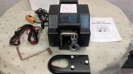 Aparejo electrico 12 volt .3161 Kg c/ Control Remoto Nuevo