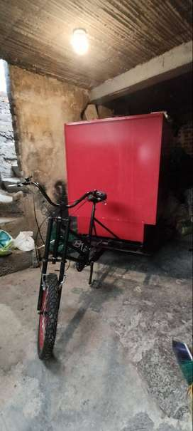 se vende o se cambia triciclo de carga nuevo