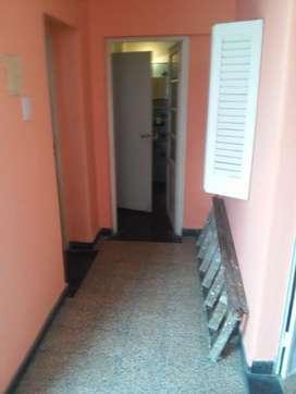 Alquiler pasillo Pje Bolonia N4822 /ex4520D), dor., patio, cocina comedor diario, liv com/2da. habitación.
