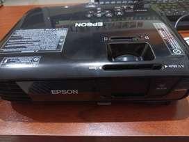 Vendo proyector EPSON PowerLite S31+